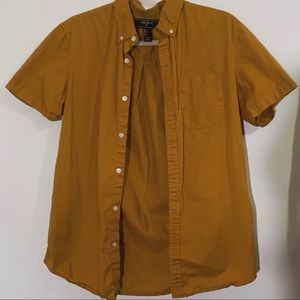 Forever 21 Men mustard gold button-up size S